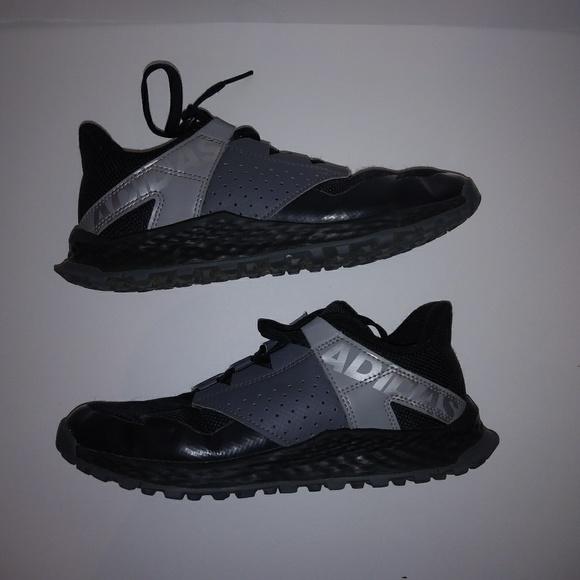 adidas Shoes | Vigor Bounce K Size 3